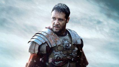 Rossel Crowe como Máximo, en Gladiador
