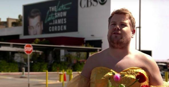 James Corden como Belle