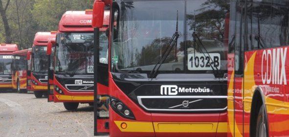 Por lluvias, colapsa estación Indios Verdes y hay servicio parcial en la Línea 1 del Metrobús