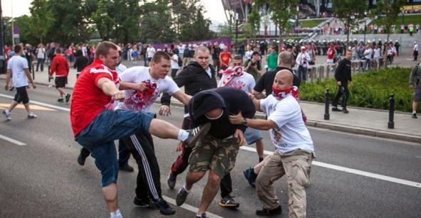¡WTF! Diputado ruso propone que las peleas sean un deporte