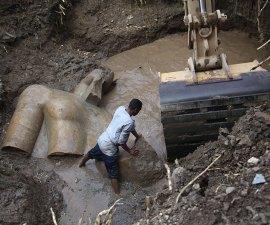 Proceso de extracción de la estatua de Ramsés II