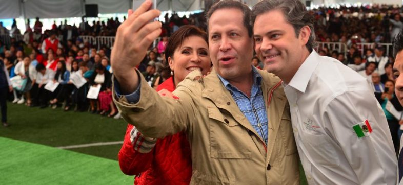 Los titulares de la Sedatu y SEP, Rosario RObles y Aurelio Nuño, respectivamente, con el gobernador del Estado de México, Eruviel Ávila