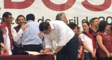 Diputado priista firmó acuerdo político de AMLO... y las críticas en su contra no tardaron