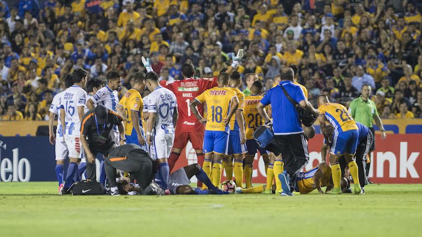 Increíble: Guido Pizarro fue noqueado, sufrió fractura y siguió jugando