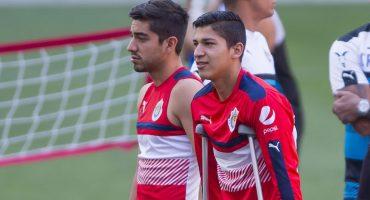 Chivas pierde a Pizarro y Zaldívar al menos un mes