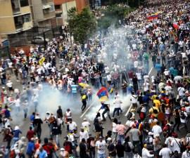 Continúan las marchas en Venezuela contra el régimen de Nicolás Maduro