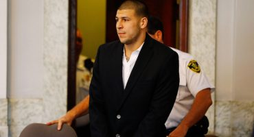 Se revela el contenido de la carta de suicidio de Aaron Hernandez