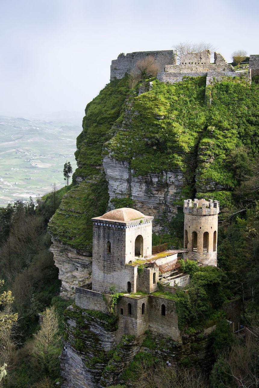 Castillo antiguo en Italia