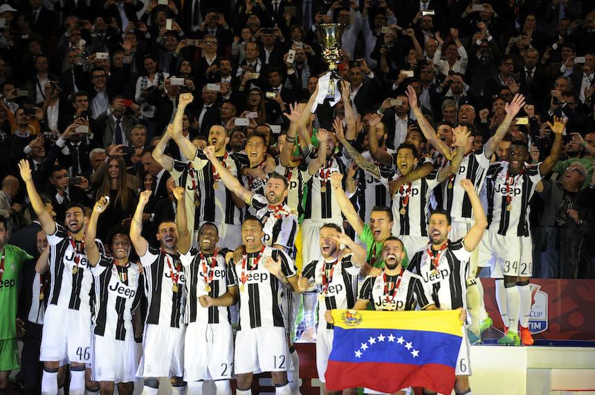 Juventus da el primer paso para el triplete: levantar la Coppa Italia
