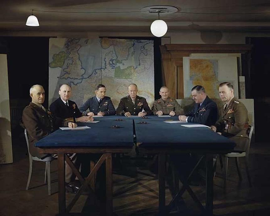 Segunda Guerra Mundial - Eisenhower y altos mandos