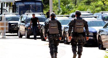 Increíble pero cierto: tres hombres apañan a 29 elementos de la Gendarmería