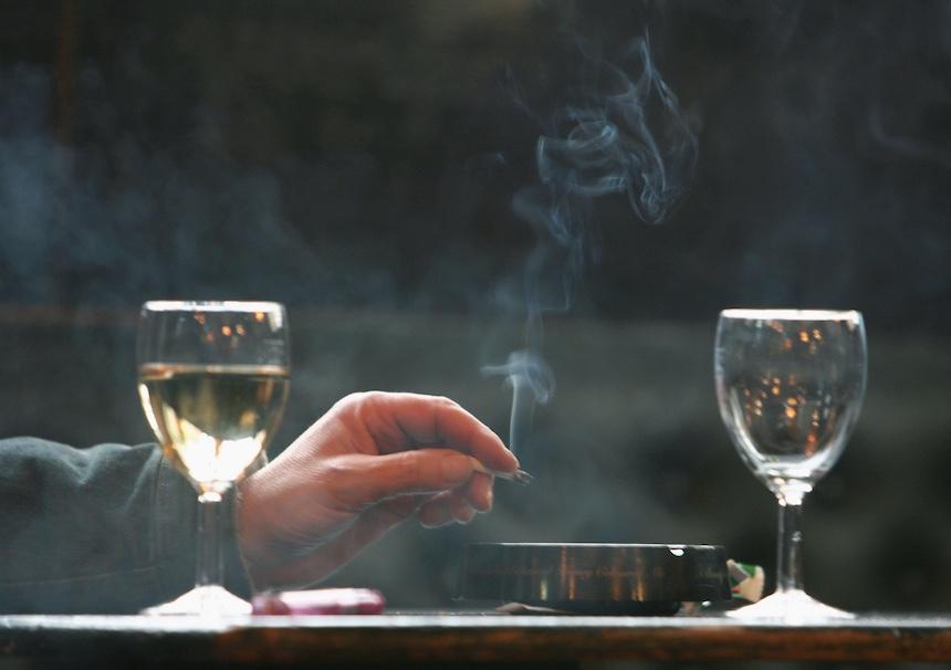 Cigarrillos light provocan cáncer de pulmón