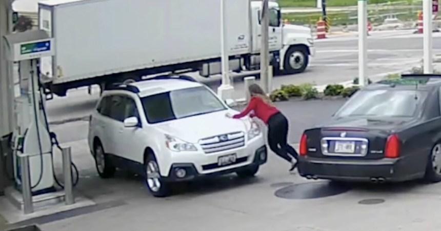 La chica que frustró el robo de su propio coche