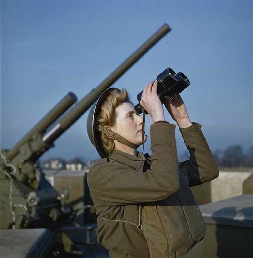 Segunda Guerra Mundial - Mujer del ejército