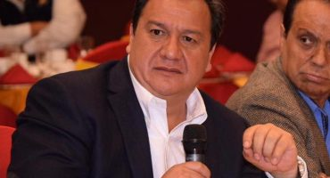 Que siempre sí: Óscar González del PT declina a favor de Delfina