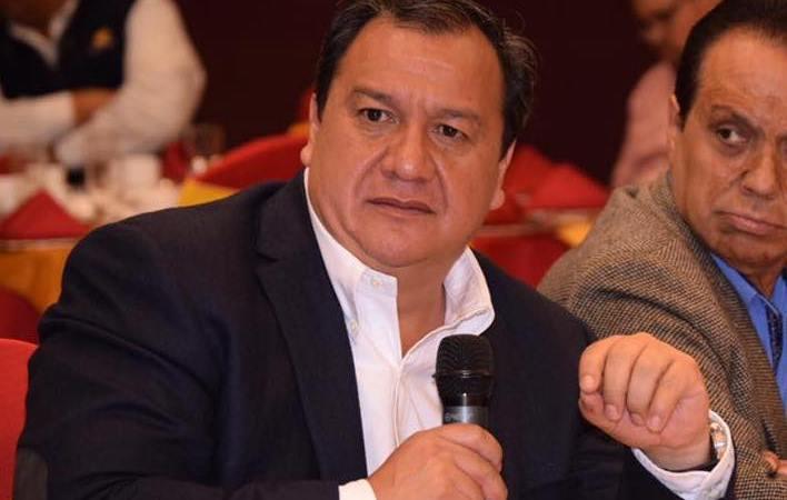 Óscar González Yáñez, declina candidatura del PT a favor de Delfina