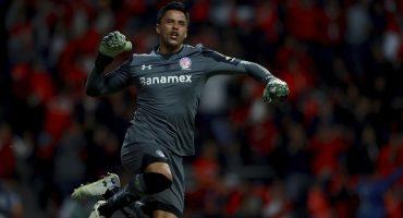 Alfredo Talavera evita la goleada y le da el pase a semifinales al Toluca