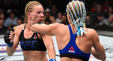 Peleadora de UFC sufre ataque de diarrea a mitad del combate
