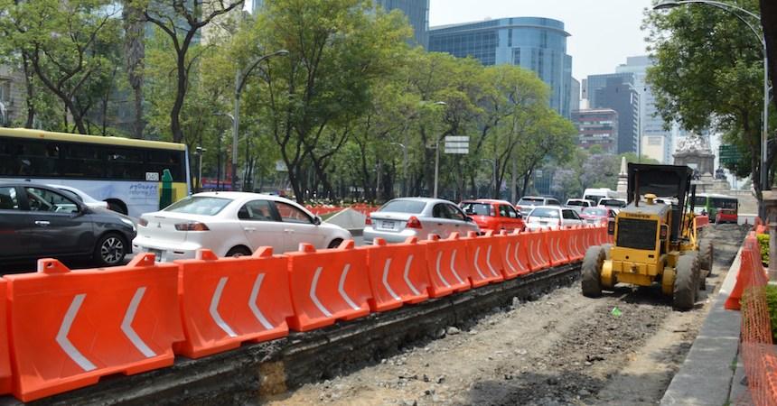 Continúan las obras de la Línea 7 de Metrobús en Paseo de la Reforma