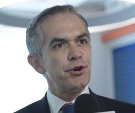 Miguel Ángel Mancera asegura que sí habrá Metrobús