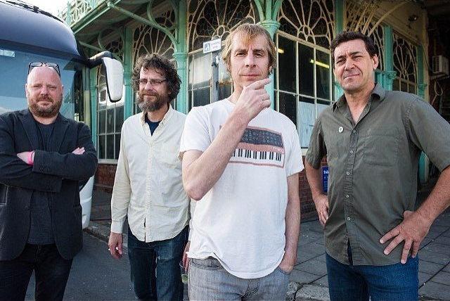 Los amos del grunge Mudhoney regresaron con una canción