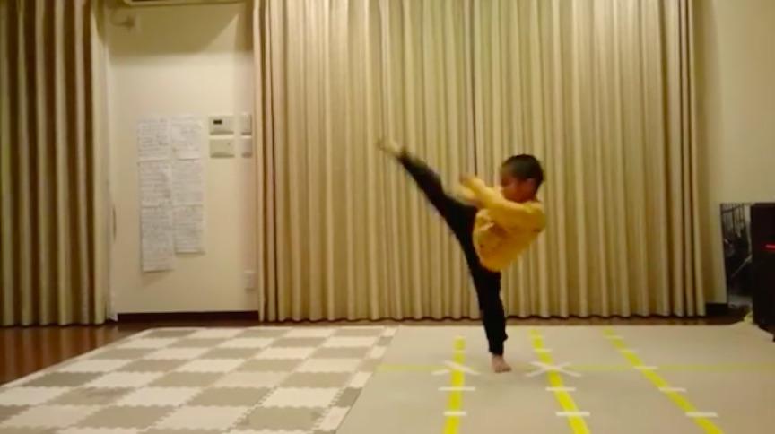 Niño Bruce Lee