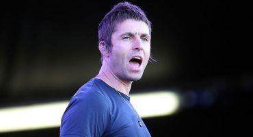 Mira a Liam Gallagher cantar