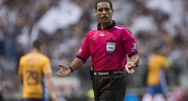 Los árbitros exigen la cabeza de Iñárritu o vuelven a parar la Liga MX