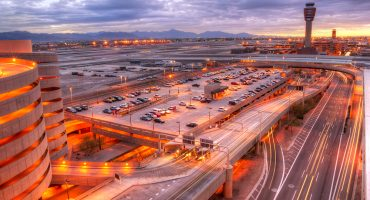 Cuando calienta el sol... suspenden vuelos por olas de calor en Phoenix