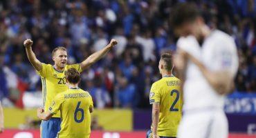 Osototote de Hugo Lloris le da el triunfo y el liderato a Suecia