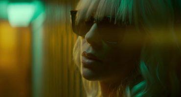 Disparos, golpes y persecuciones en este nuevo trailer de Atomic Blonde