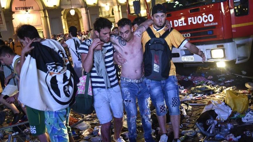 300 heridos por estampida humana tras amenaza de bomba en Fanfest de la Juventus