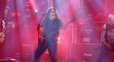 Slayer se puso fresa y fue a tocar Raining Blood con Jimmy Fallon