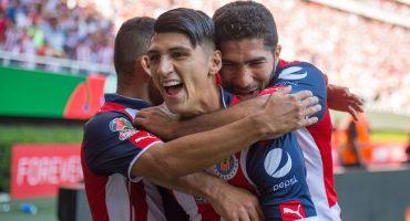 Chivas intentó que Pulido jugara aún sin estar sano