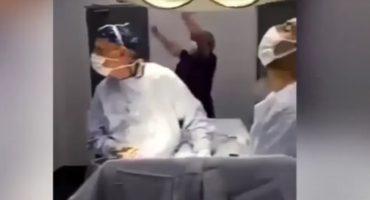 Investigarán a médicos por detener una cirugía para ver futbol