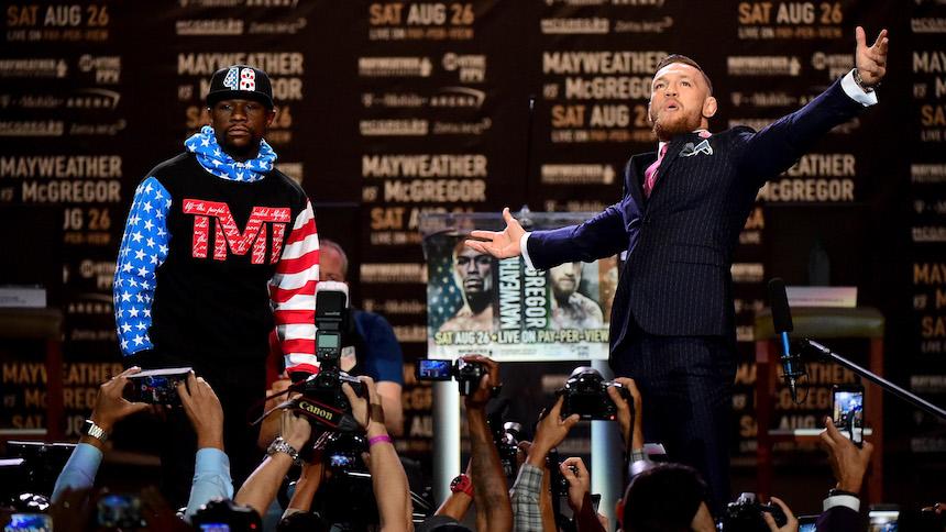 El mensaje en el traje de Conor McGregor para Floyd Mayweather