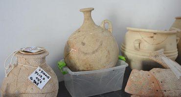 Arqueólogos descubren el emoji más antiguo del mundo
