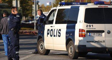 Apuñalan a personas en las calles de Turku, Finlandia; hay un sospechoso detenido, 2 muertos y 6 heridos