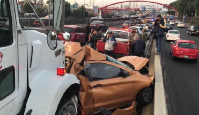 Accidente en Torres de Satélite