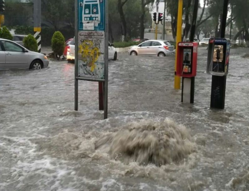 Inundación en Tlalnepantla