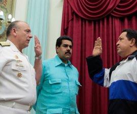 Embajador de Venezuela en Perú con Chávez y Maduro