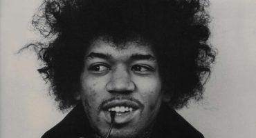 Subastan nota de amor que Jimi Hendrix le escribió a una extraña 50 años atrás