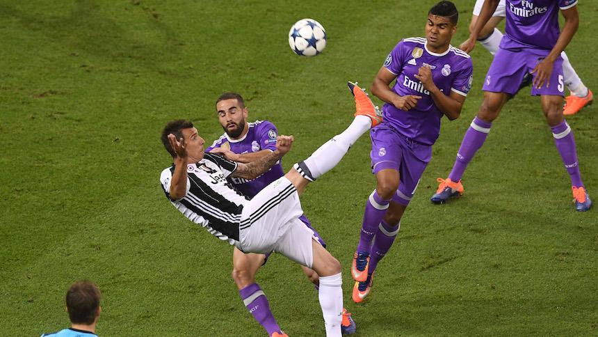 El gol de Mandzukic en la Final de la UCL elegido el mejor de la campaña