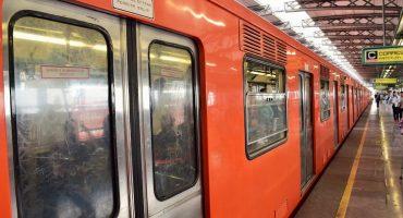 Polis del Metro extorsionan a pasajeros que usaron vagón de mujeres