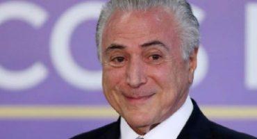 Brasil: presidente libra juicio por corrupción;