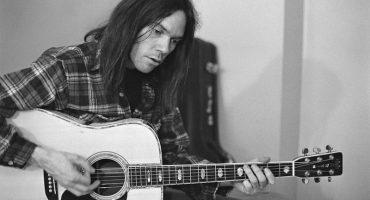 Muy pronto podrás escuchar 'Hitchhiker', ¡el álbum perdido de Neil Young!