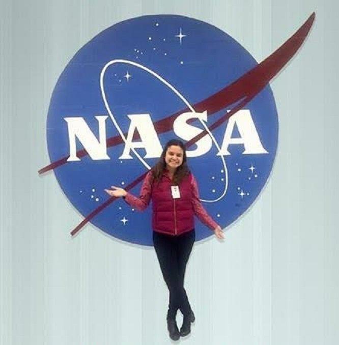Resultado de imagen para María Regina Apodaca de la UNAM participó con la NASA en desarrollar el primer helicóptero que volará a Marte en 2020