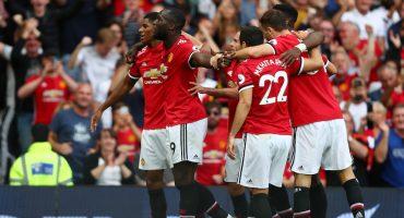Manchester United le pasó por encima al West Ham de Chicharito