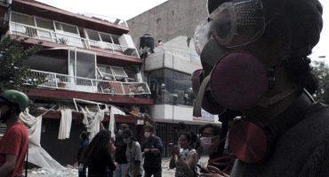 Van 320 fallecidos por sismo, continúan labores de rescate
