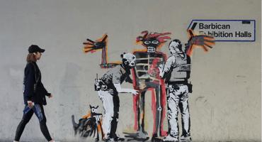 Banksy realiza nueva intervención en homenaje a Basquiat